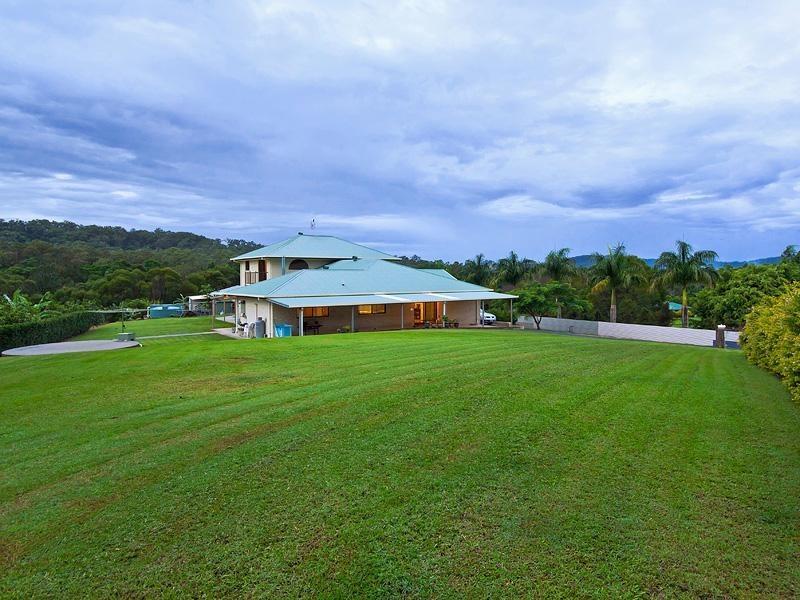 64 Gladrose Crescent WONGAWALLAN 4210, Wongawallan QLD 4210