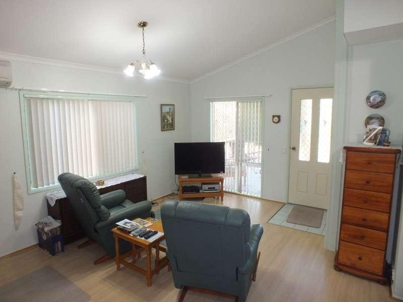6 / 59 Truro  Street TORQUAY 4655, Torquay QLD 4655