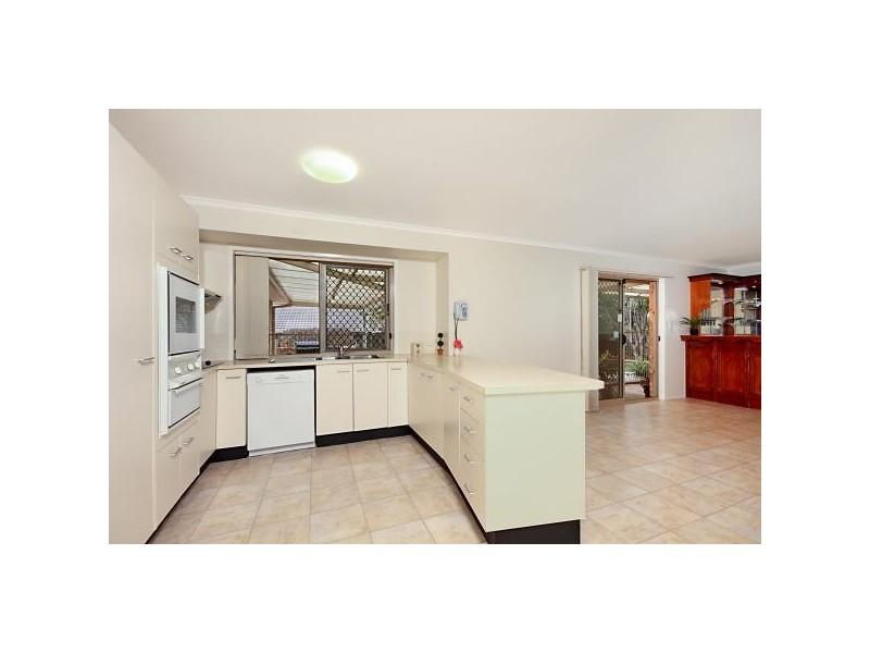 24 Holden Drive, Sunnybank Hills QLD 4109