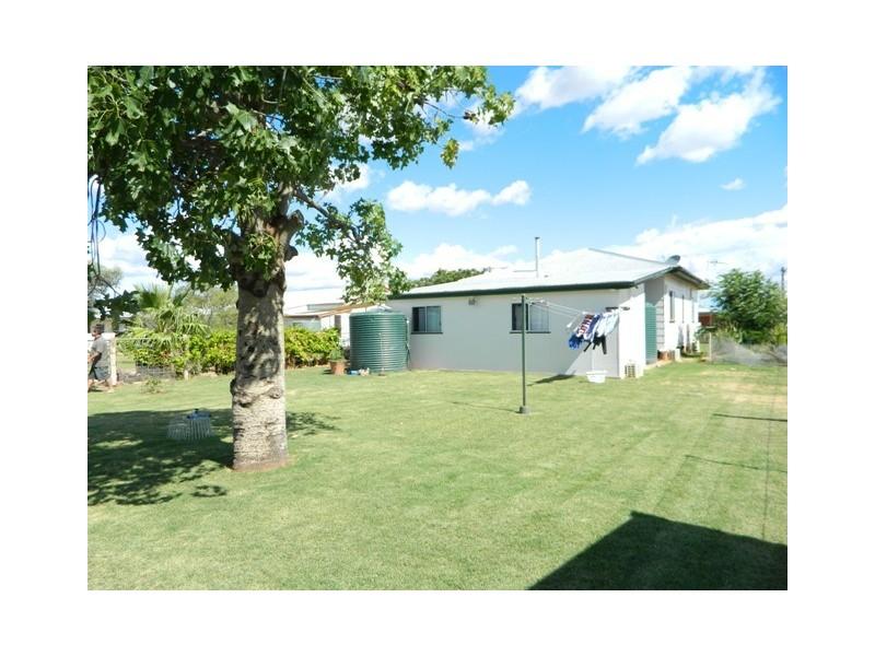 11 Brolga Street, Quilpie QLD 4480