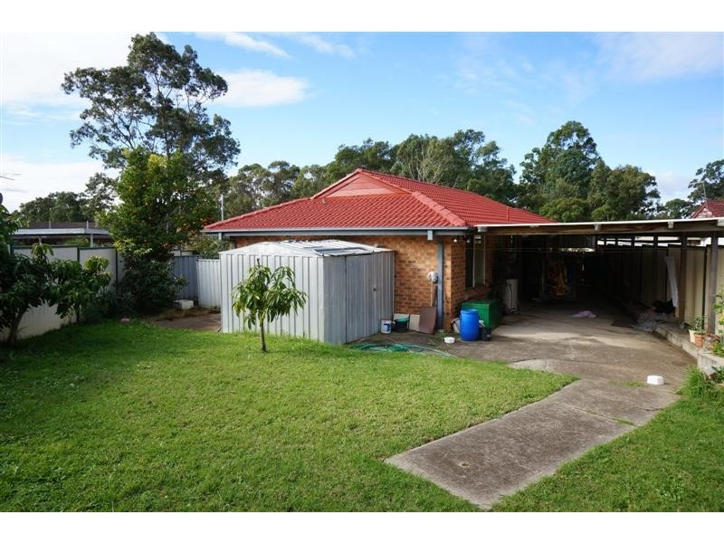 35 Lalich Ave, Bonnyrigg NSW 2177