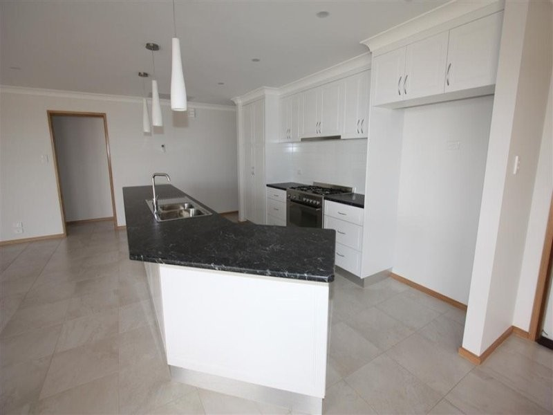Samson avenue, Wagga Wagga NSW 2650