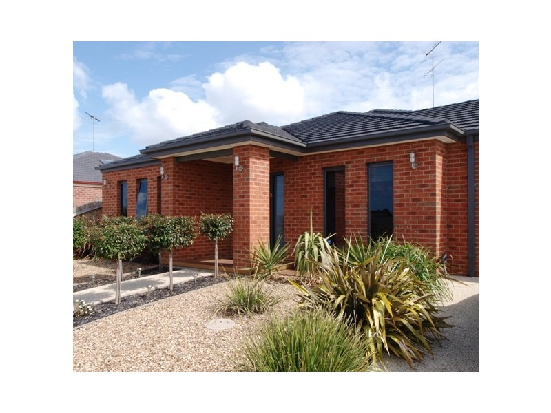 64 Haugh Street, Lovely Banks VIC 3221
