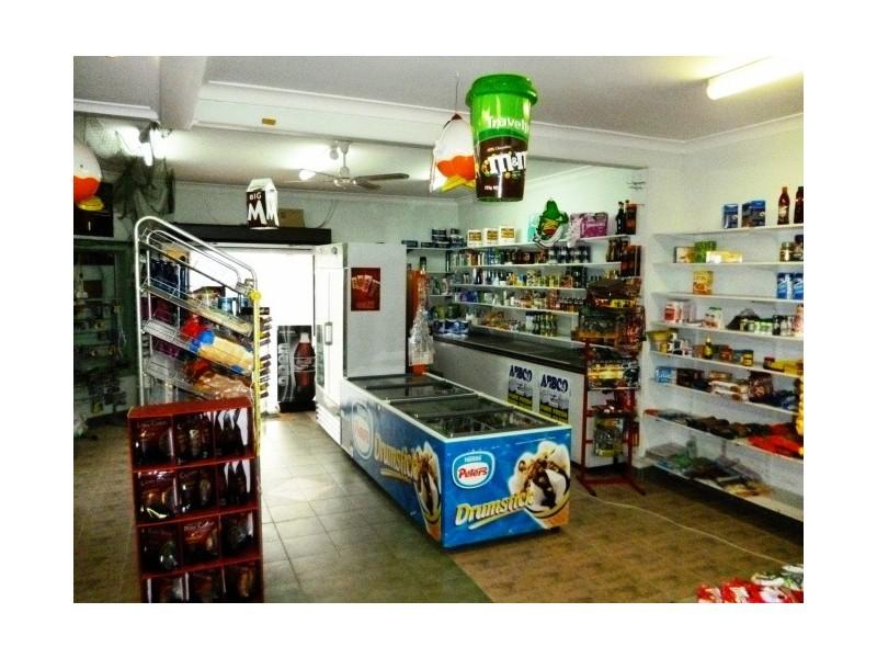 2 Doris Street, Picnic Point NSW 2213