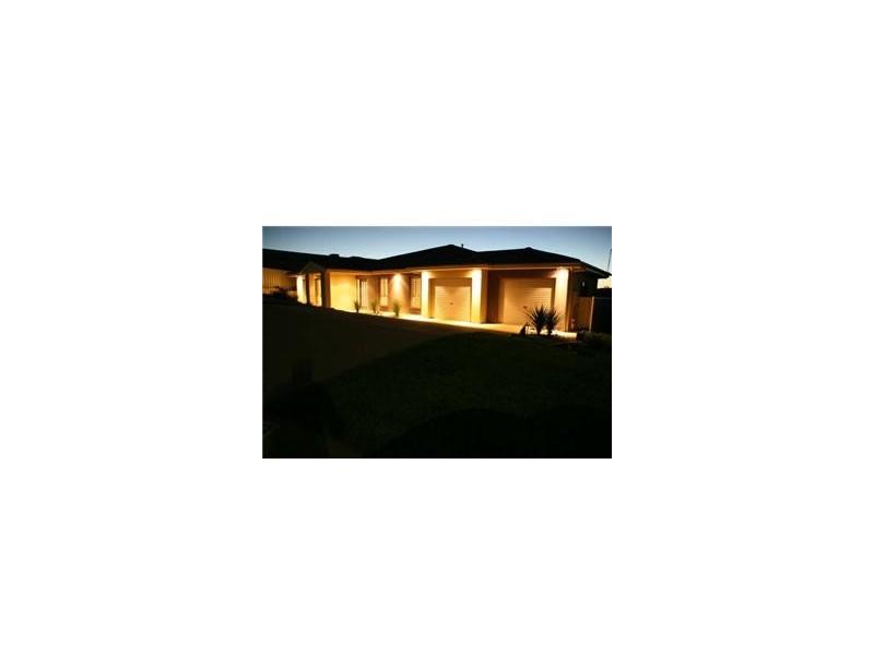 12 Balala Court Hilltop, Wagga Wagga NSW 2650