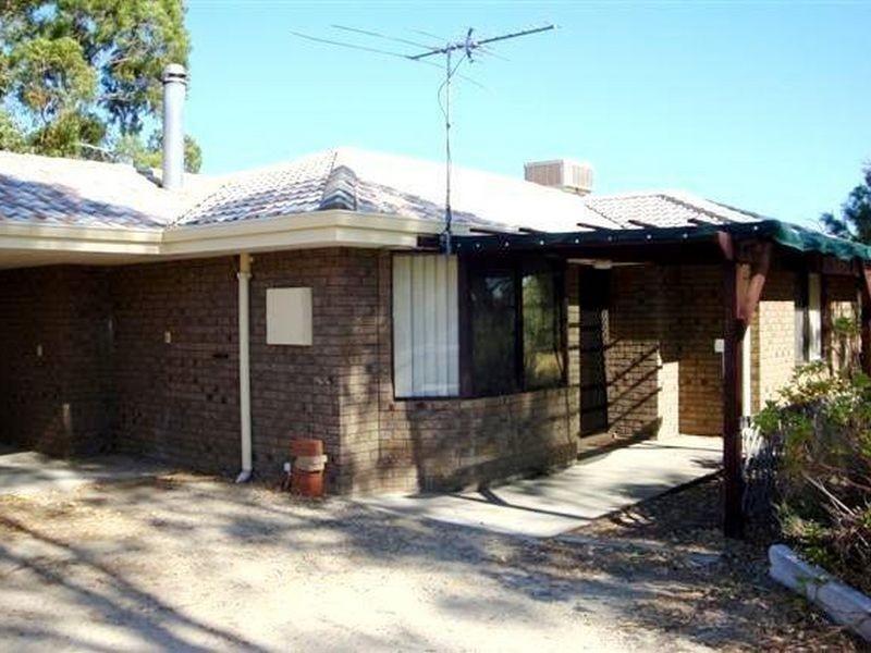 24 Nicholas Drive (Cottage), Casuarina WA 6167