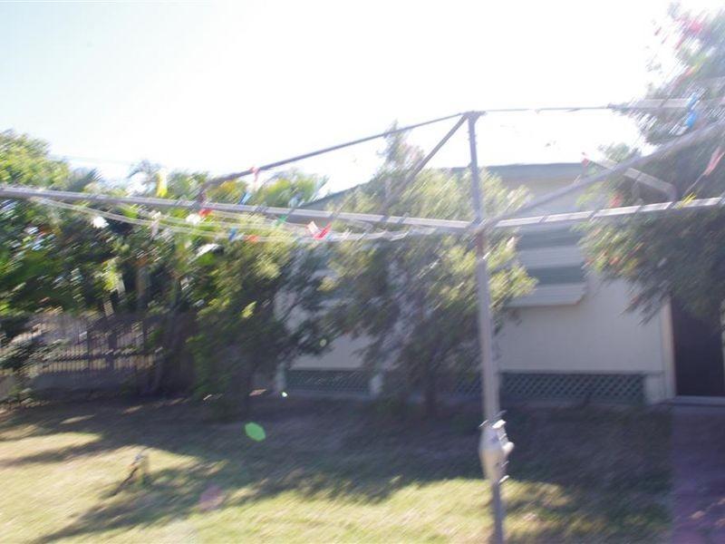 7 Richmond Road, Bowen QLD 4805
