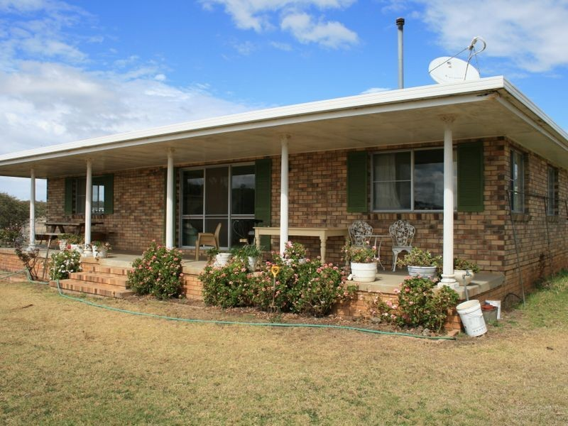 983 Crystal Mountain Road, Dalveen QLD 4374