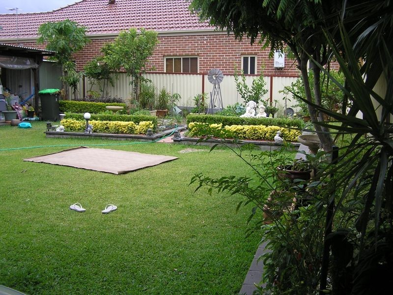Balmoral Ave, Croydon Park NSW 2133