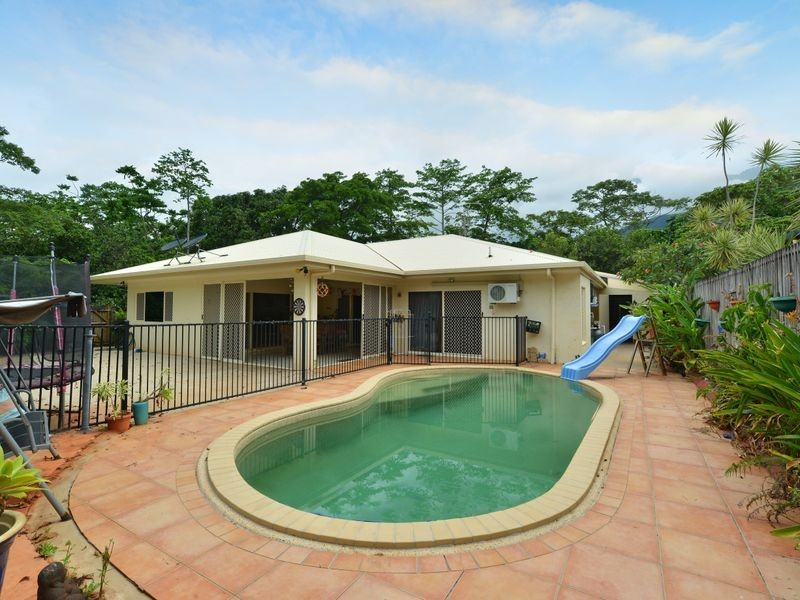 31 Tradewinds Close, Redlynch QLD 4870