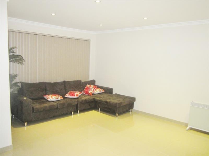 4 Robyn Street, Woodpark NSW 2164