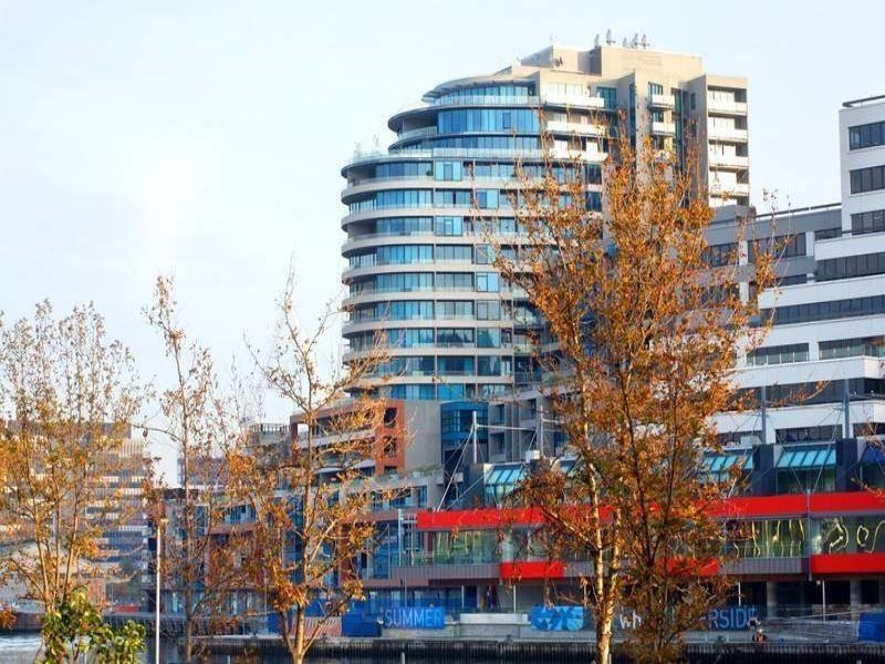 110/60 Siddeley Street, Docklands VIC 3008