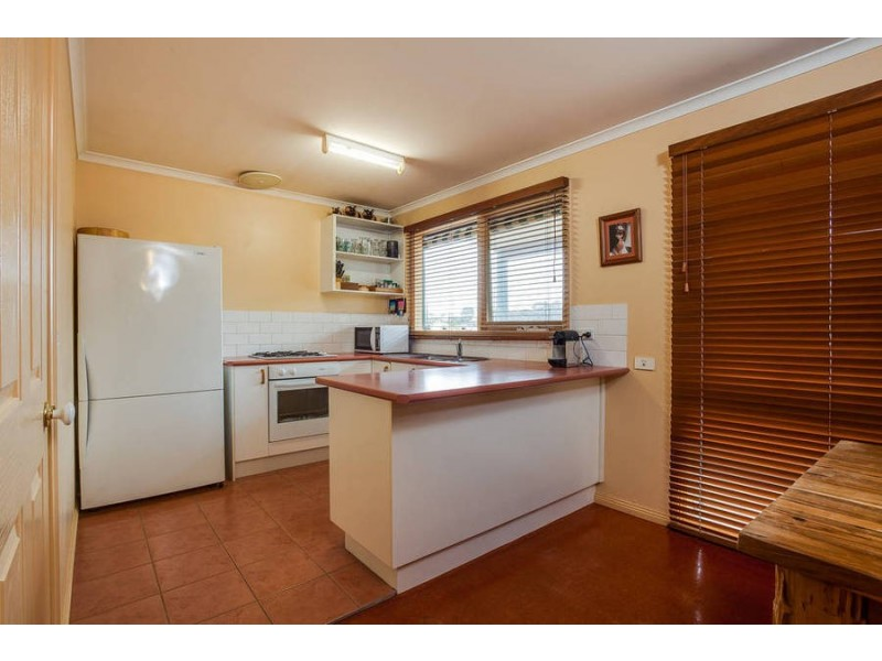 52 Allambi Avenue, Rosebud West VIC 3940