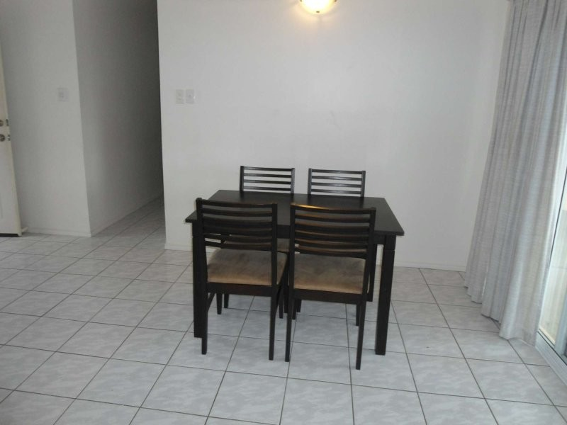 2.411 Charles Street, Kirwan QLD 4817