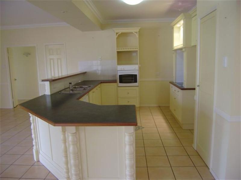 24 Fairview Crescent, Highfields QLD 4352