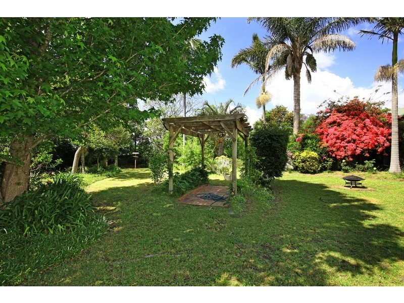 8 Woorin Close, Bomaderry NSW 2541