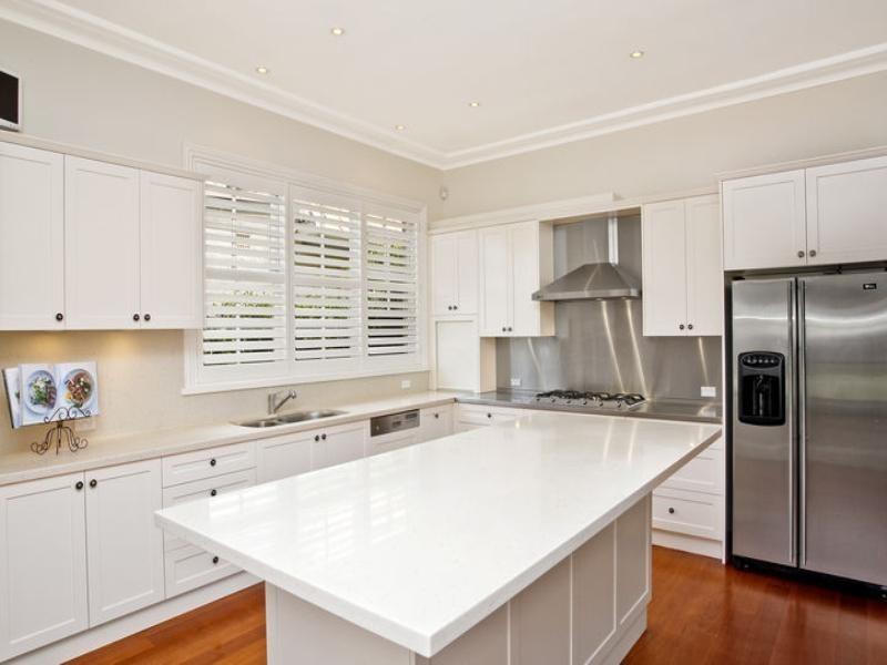 classic style kitchen