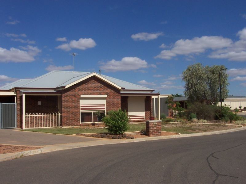 11 Reynolds Court, Mildura VIC 3500